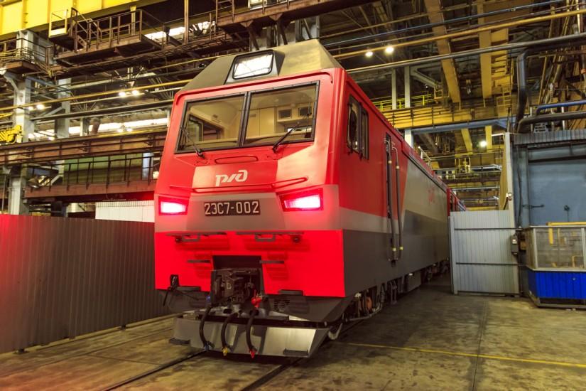 Выпуск электровоза 2ЭС7 с завода