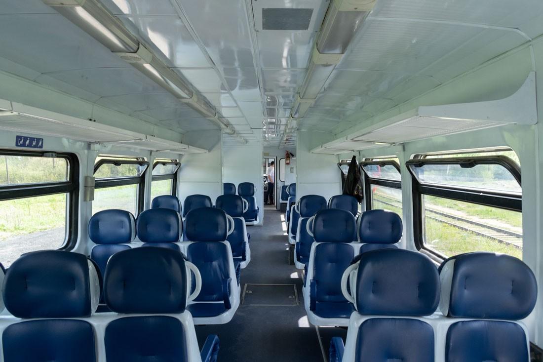 Салон рельсового автобуса РА1