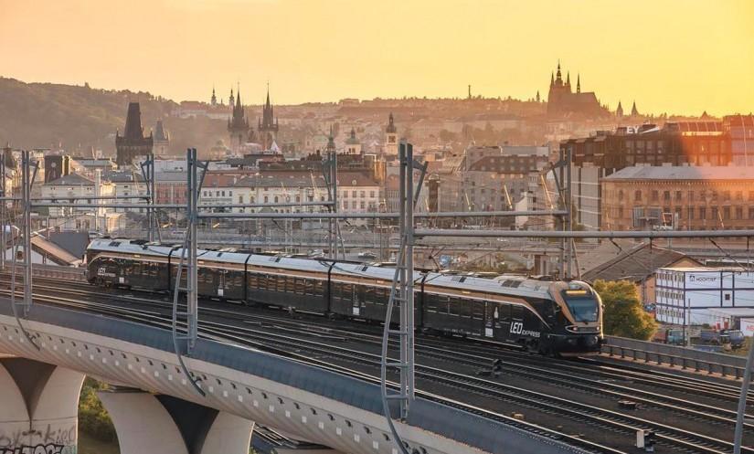 «LEO Express» в пути из Кракова в Прагу
