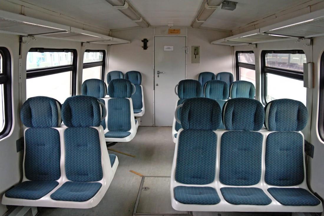 Салон рельсового автобуса РА2
