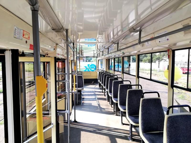 Салон трамвая 71 619