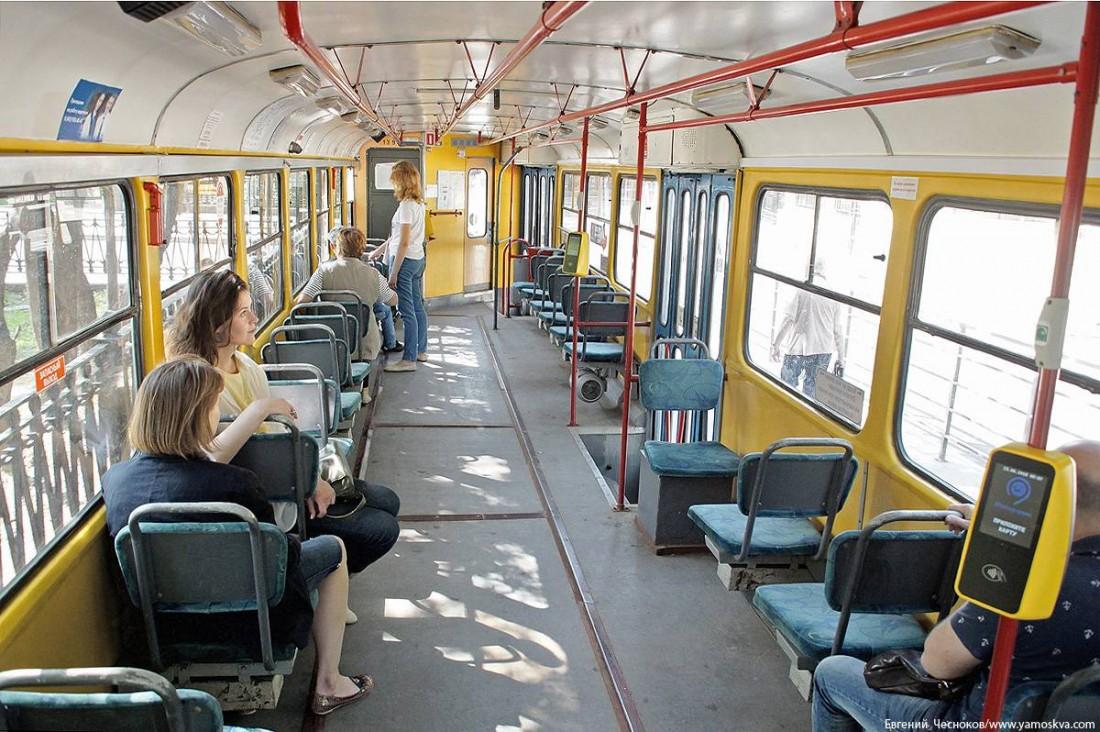 Салон трамвая Татра Т3