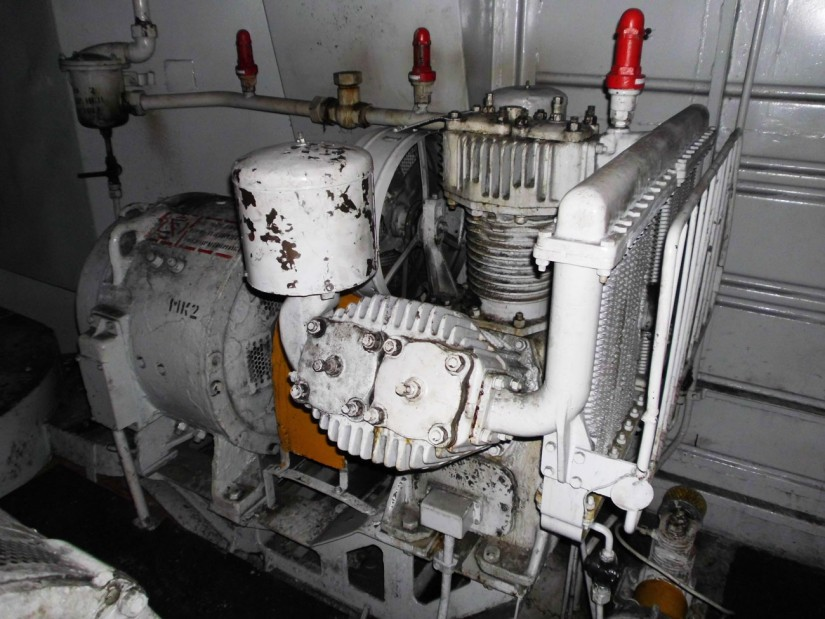 Мотор компрессор на электровозе ВЛ10